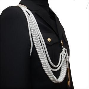 Аксельбант офицерский с 1 наконечником, белый с серебряной нитью (6-1-006)