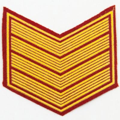 Шеврон (курсовка) 4 курс, пластизоль, красный (7-3-026)