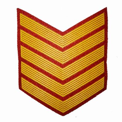 Шеврон (курсовка) 5 курс, пластизоль, красный (7-3-034)