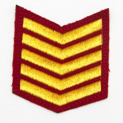 Шеврон (курсовка) 5 курс, вышивка, красный (7-3-029)